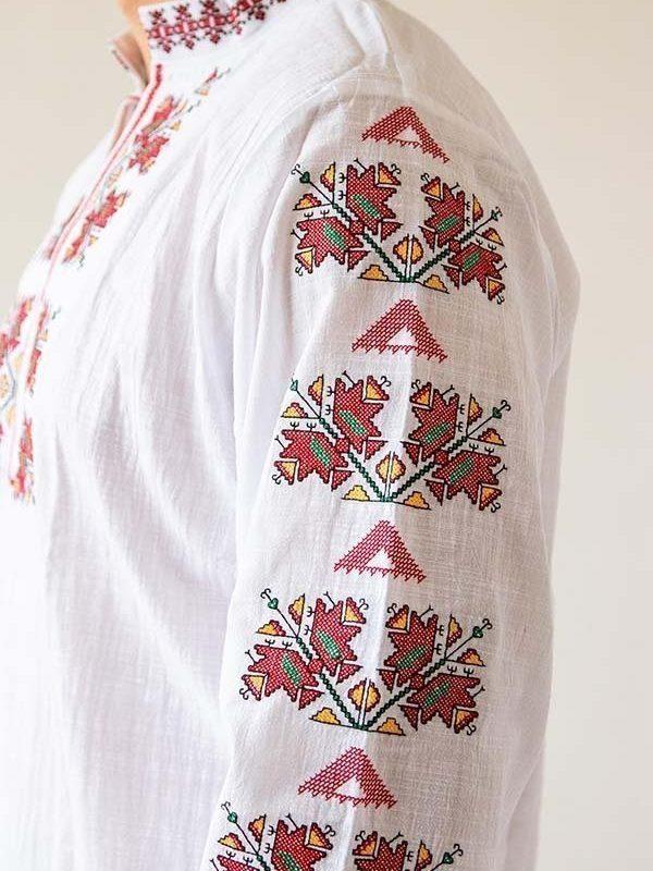 Богат ръкав на Тракийска риза