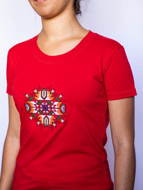 Червена тениска Слънце